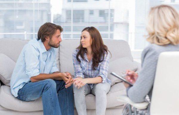 איך לבחור מטפל זוגי? המדריך המלא